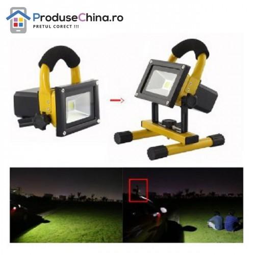 Proiector portabil cu LED-uri - Acumulator Reincarcabil si Suport